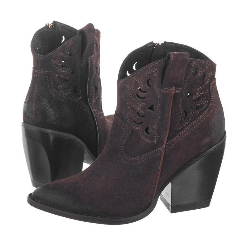 Carinii Brązowe B5161-N91-000-000-D49 (CI431-e) batai